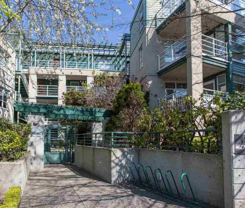 205 - 2525 W 4th Avenue, Kitsilano, Vancouver West 2