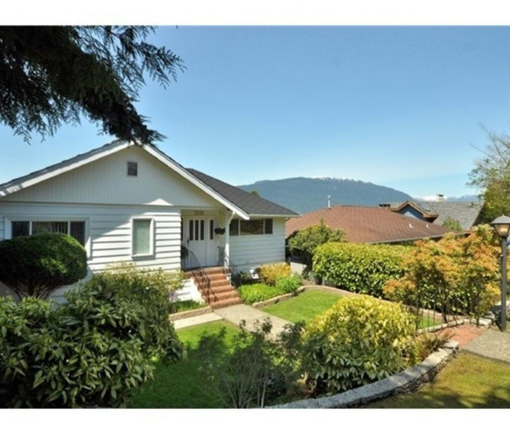 7305 Braeside Drive, Westridge BN, Burnaby North 2