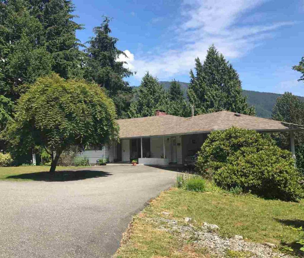 574 St. Giles Road, Glenmore, West Vancouver