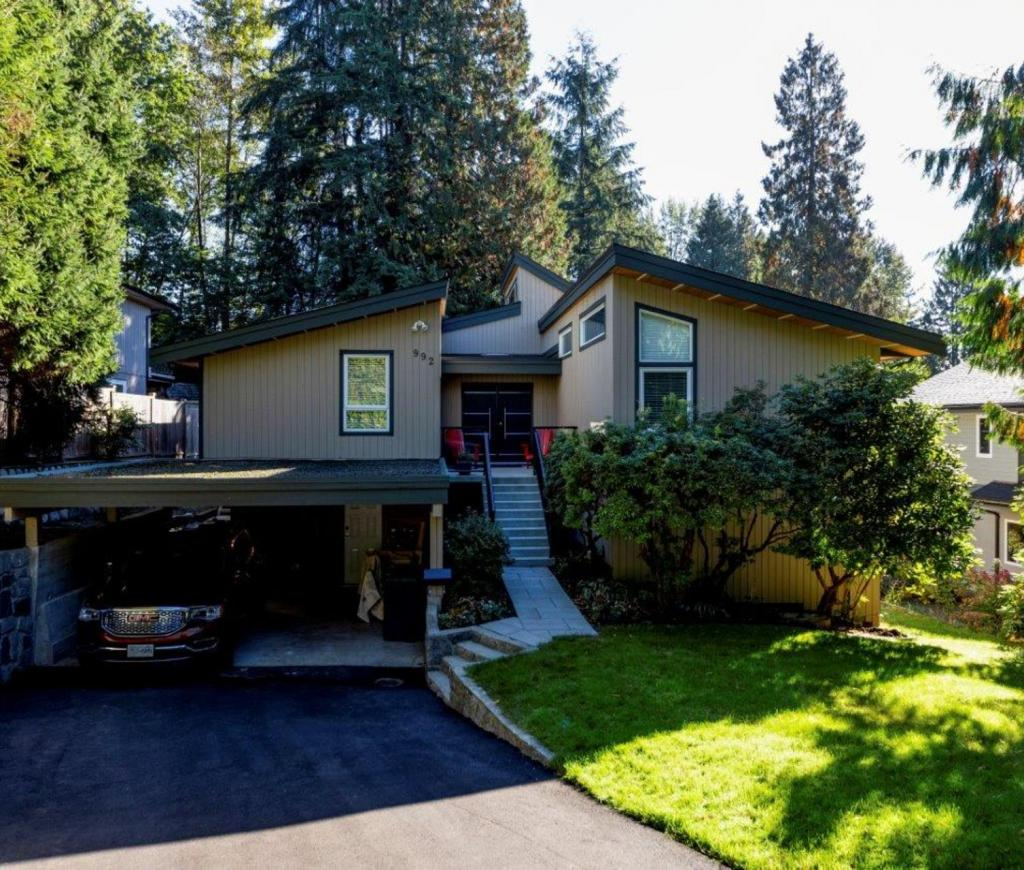 992 Frederick Place, Lynn Valley, North Vancouver