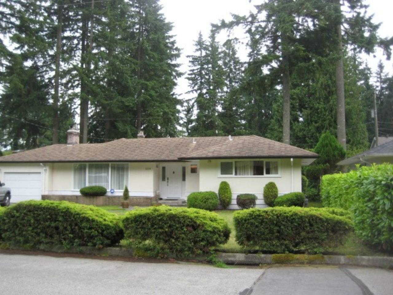 1229 Langdale Drive, Canyon Heights NV, North Vancouver