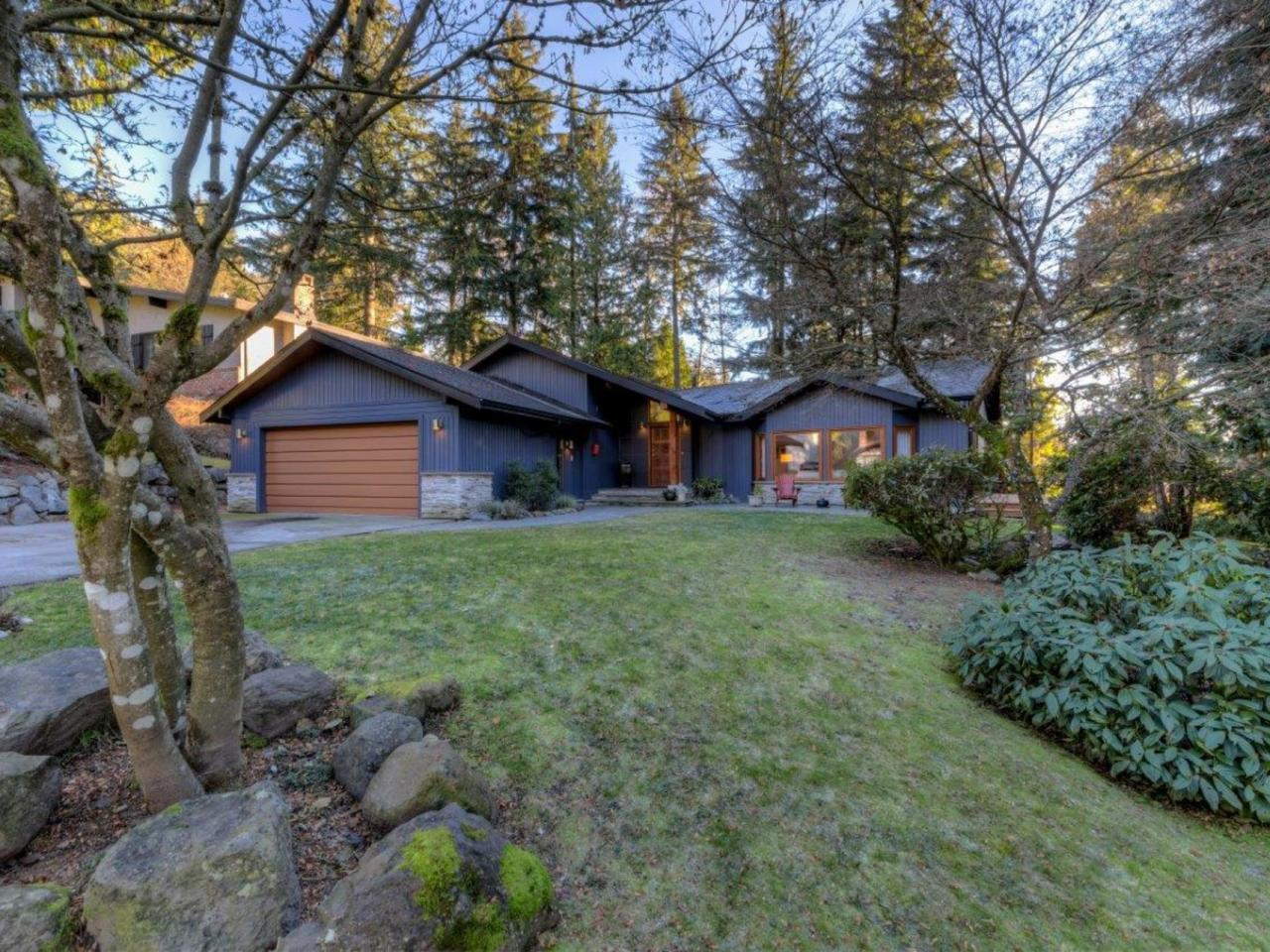 5386 Cliffridge Avenue, Canyon Heights NV, North Vancouver